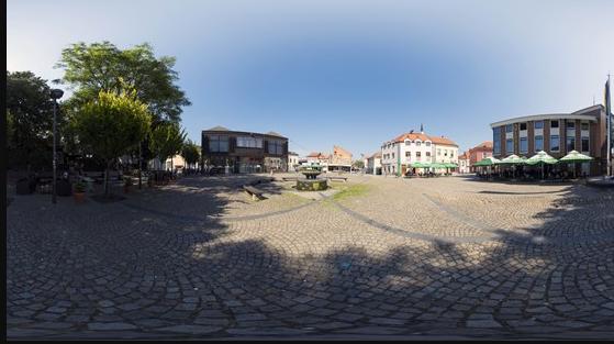 Soni trg Tuzla: Mjesto okupljanja mladića i djevojaka