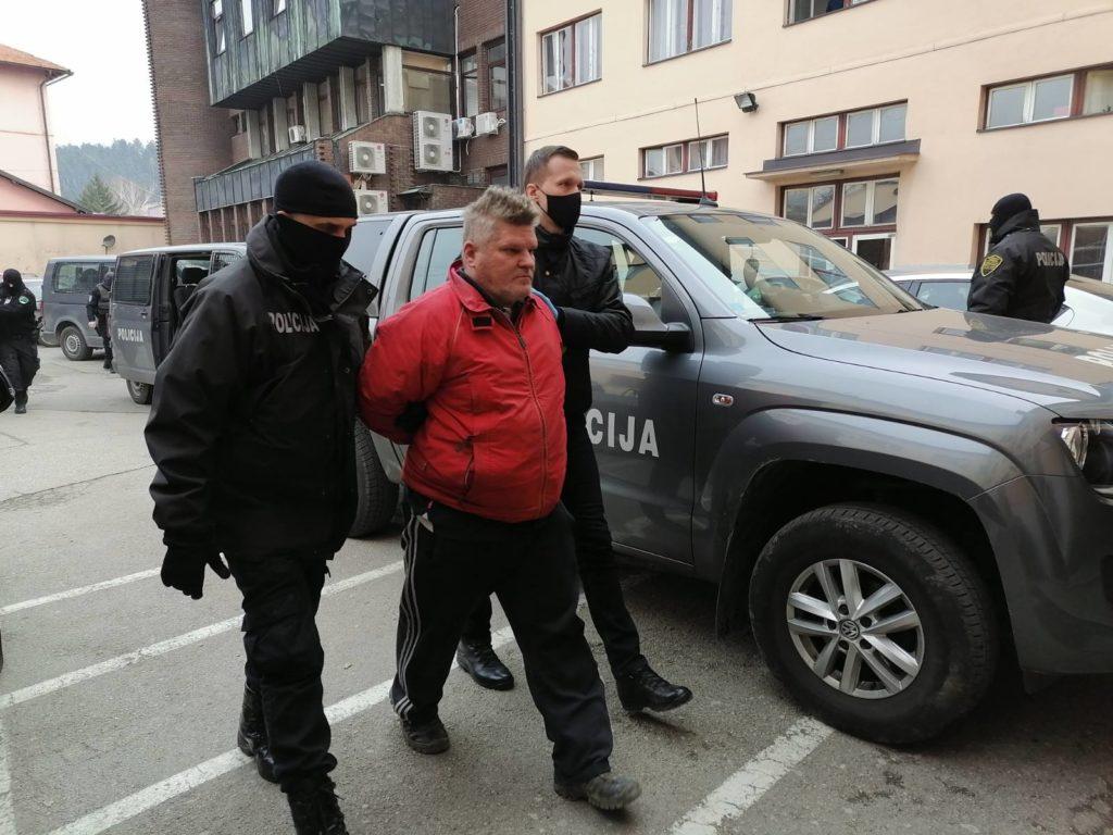 Uhapšeno sedam osoba u TK: Djecu tjerali da prosjače (FOTO)