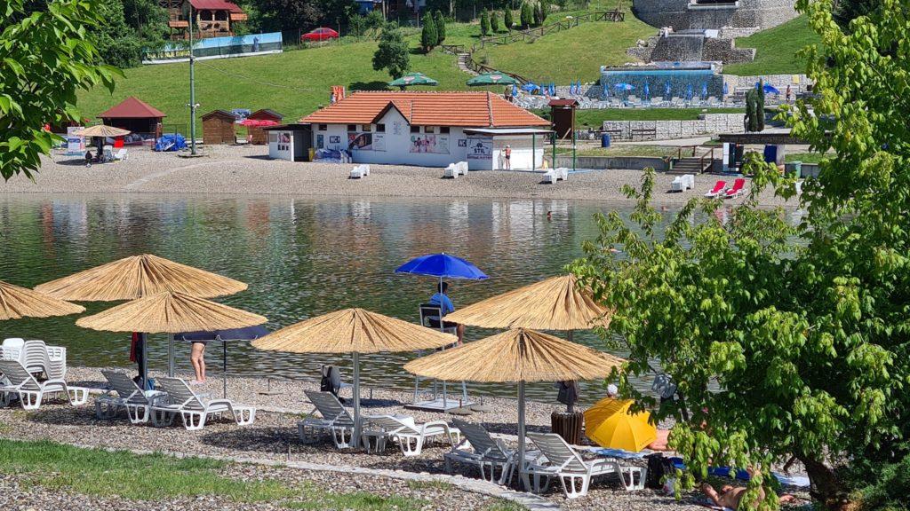 Ljeto na Panonskim jezerima u Tuzli: Voda idealna za kupanje (FOTO)